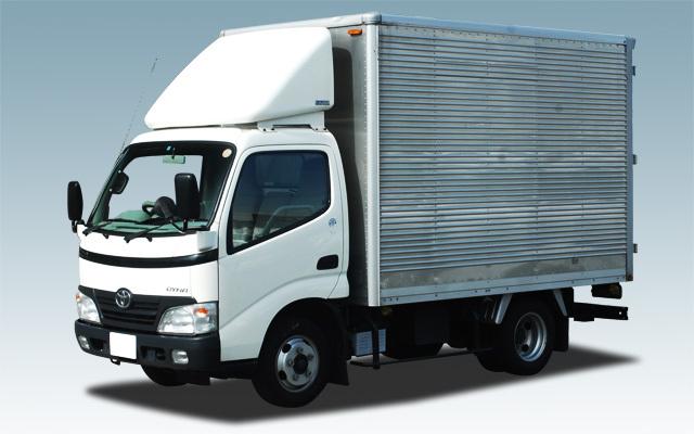 2トントラック駐車場